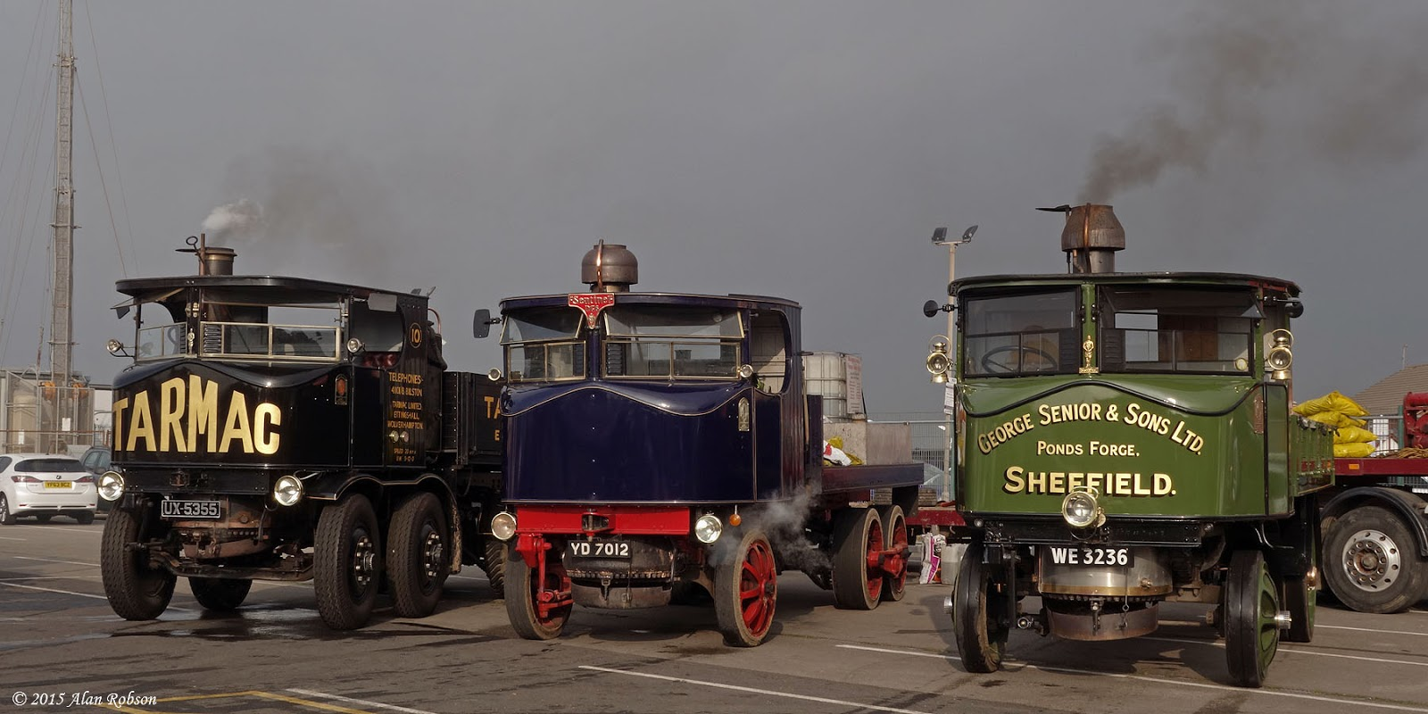 2015-10-03-b-sentinel-steam-lorries